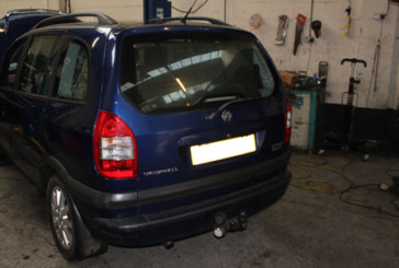 How to replace a clutch on a Vauxhall Zafira