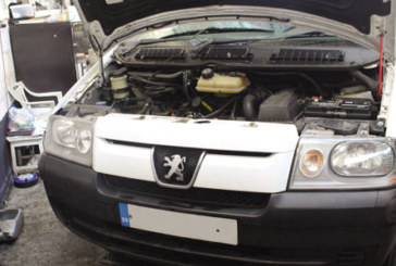 How to change a clutch on a Peugeot Expert