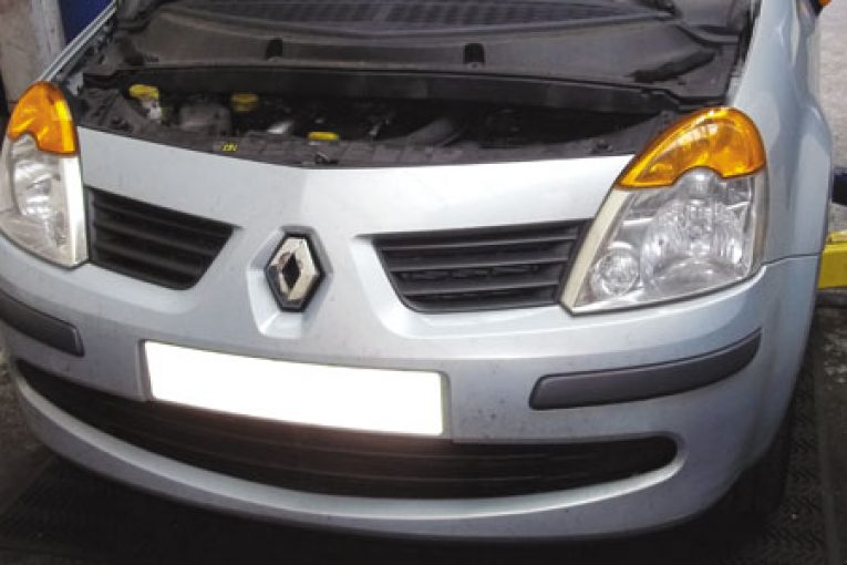 How To Replace A Timing Belt On Renault Modus Professional: Renault Modus Oil Filter Location At Bitobe.net