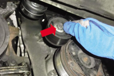 How to replace a timing belt on a Renault Laguna