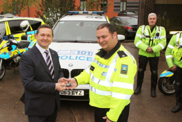 TyreSafe presents tread depth gauges to Britain's largest motorway police group