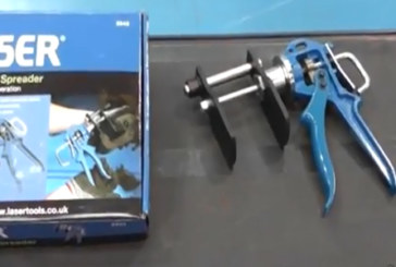 Laser Tools – How to use the brake pad spreader