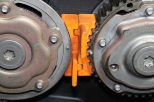 What Is A Timing Belt >> How to Fit a Timing Belt on a Vauxhall Vectra ...