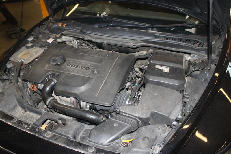 Figure on Volvo S60 Turbo Engine Diagram