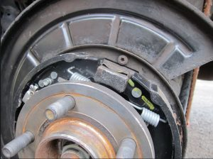 Handbrake Shoe Fitting - Professional Motor Mechanic
