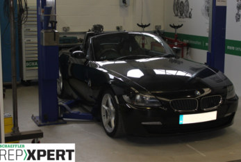 How to Fit a Clutch on a BMW Z4