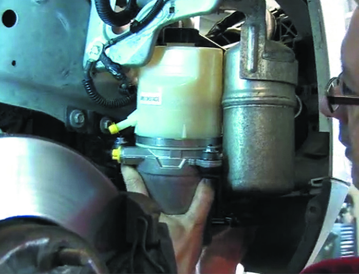 Steering Pump Replacement Guide - Ford Focus - Professional Motor