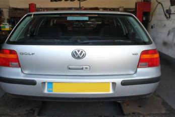 How to change a clutch on a Volkswagen Golf