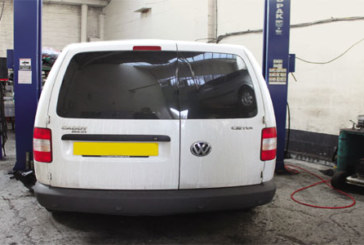 How to change a clutch on a VW Caddy