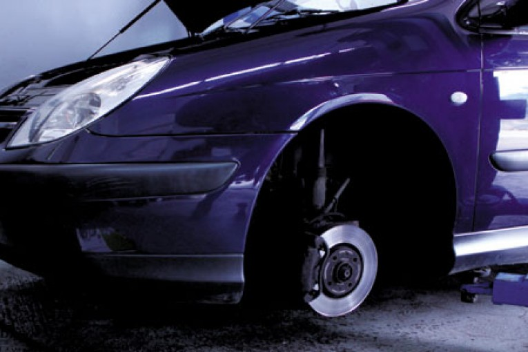 How To Fit A Clutch On A Citroen C5 Professional Motor