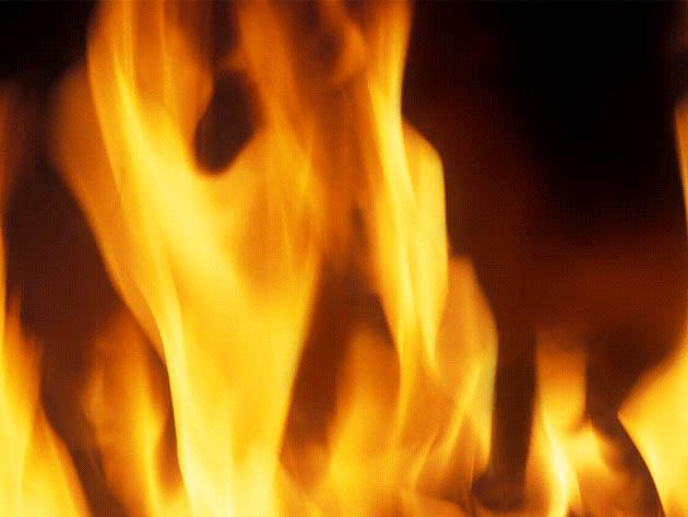 Man dies in garage fire