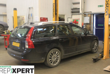 How to Fit a Clutch on a Volvo V50