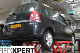 How to Fit a Clutch on a Vauxhall Zafira