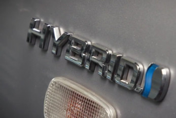 Servicing a Hybrid Vehicle