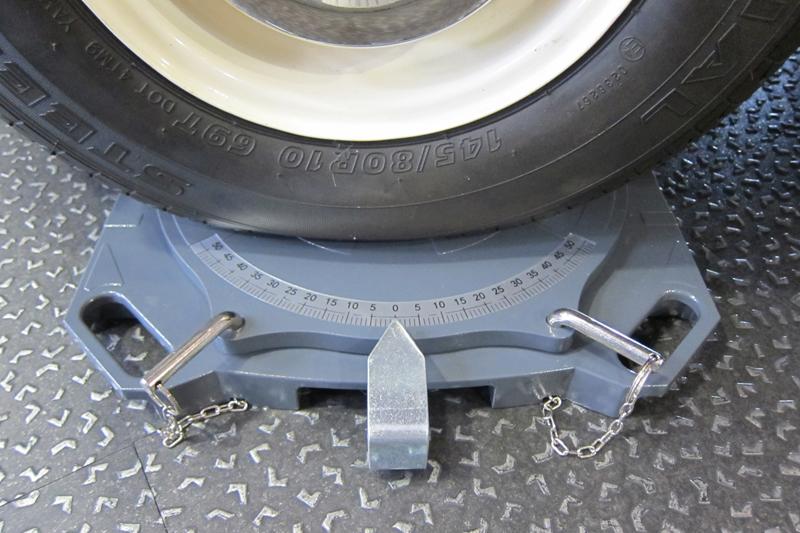 Steering Turntables