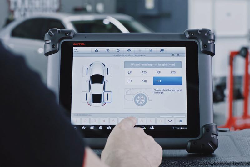 Autel runs through an ADAS Volkswagen LDW Calibration