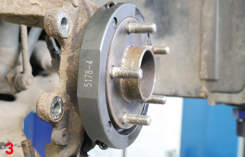 REPXPERT runs through wheel bearing replacement