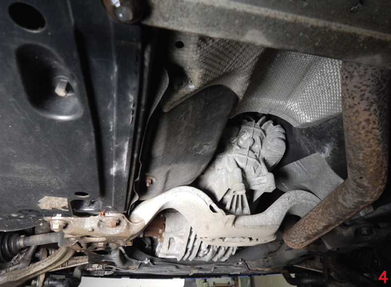 In this month's Clutch Clinic, Charles Figgins, Technical Marketing Manager at Blue Print, presents a step-by-step guide to replacing the clutch on a 2008 Audi A4 Avant B7 2.0 TDi.
