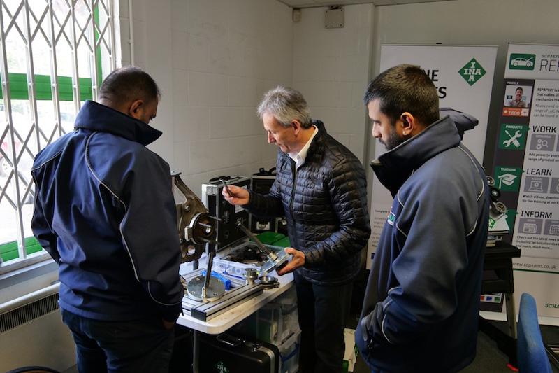 Schaeffler REPXPERT team offers training