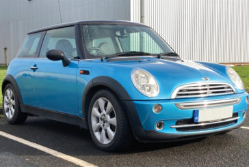 How to replace wheel bearings on a MINI Cooper