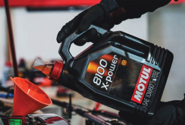 How technicians should handle lubricants