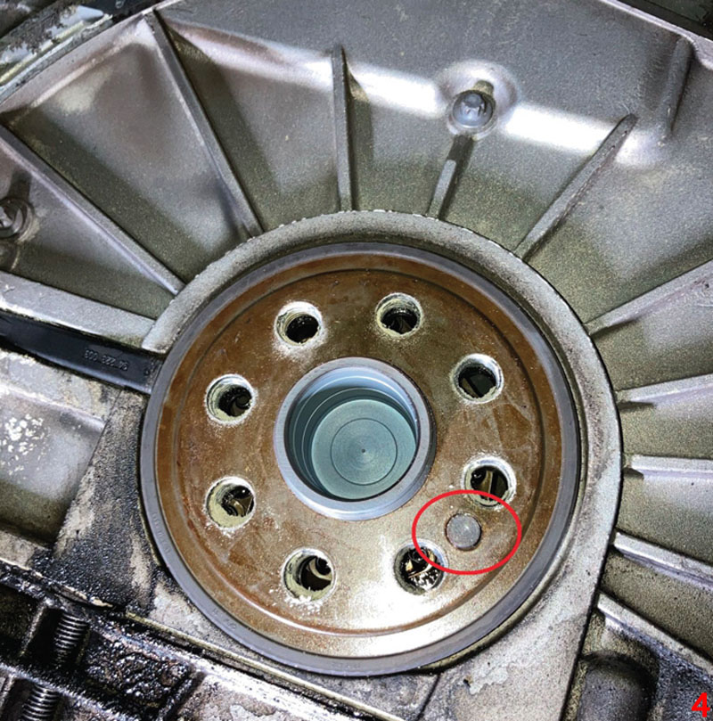 How to replace a clutch on a BMW 123d