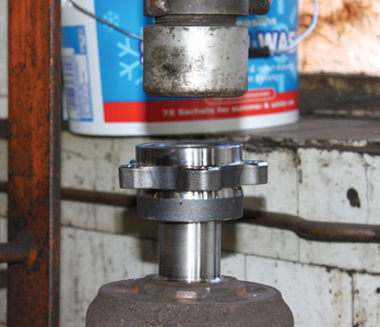 Front wheel bearing replacement - 'Next Generation' Ford