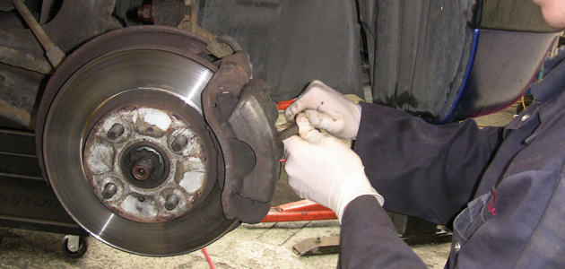 Front Wheel Bearing Replacement Toyota Corolla Professional